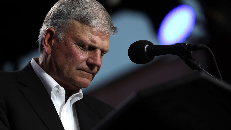 'Shaking A Fist In The Creator's Face': Franklin Graham Slams Gender-Neutral House Rules, 'Awoman' Prayer